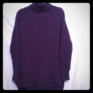 Gap eggplant mock turtle neck large